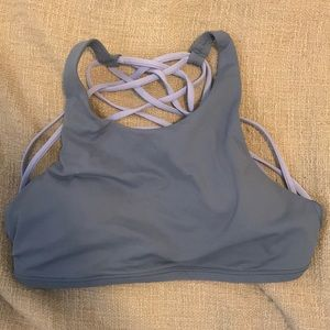 LULULEMON HIGH NECK FREE TO BE BRA SZ 6